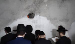 כ-600 בני אדם התפללו בקבר יהושע בן נון