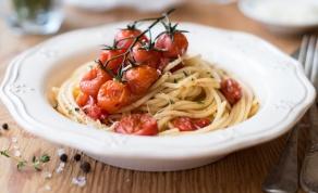 פסטה עם רוטב פסטו, עגבניות צלויות וריקוטה