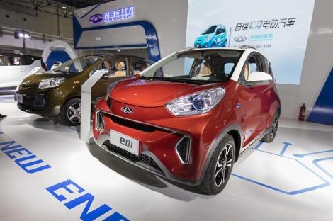 רכב חשמלי בסין - הכיוון החדש של הסינים: בלי רכבים מונעי דלק