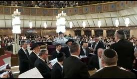 סליחות: צבי וייס ומקהלת בית הכנסת הגדול
