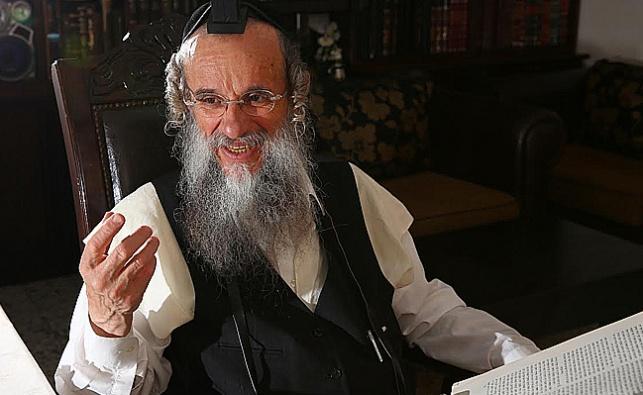 הרב גולדשמידט. ארכיון
