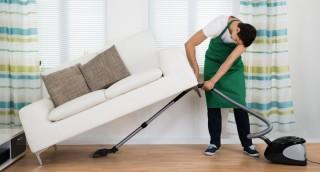 מדוע נוצרים גושי אבק בבית ואיך מרחיקים אותם לתמיד?