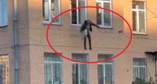 קפץ מתחנת המשטרה כשהוא אזוק לרדיאטור