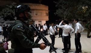 מאות התפללו הלילה בקבר יהושע בן נון