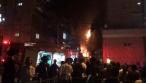 שריפה בבניין מגורים בשכונת הבוכרים. צפו