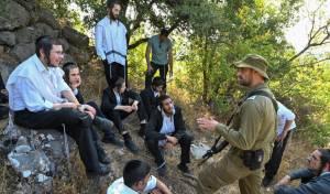 תיעוד: יהודים עלו ל'הר הבתרים' בגבול לבנון