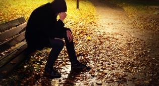 אילוסטרציה - חוקרים: בדידות - יותר מסוכנת מהשמנת יתר