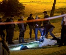 פיגוע בשער שכם. ארכיון - בליל שבת: שוטרת נרצחה בפיגוע משולב בשער שכם בי-ם