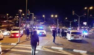 י-ם: נהג דרס שתי שוטרות - ונמלט מהמקום