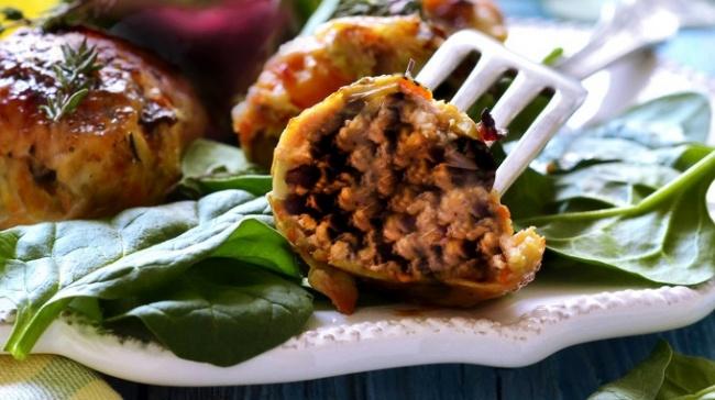 ממולאים של פסח: עוף וסלק במילוי בשר - ממולאים עסיסיים לחג: עוף וסלק במילוי בשר