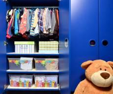 8 טיפים שיעזרו לכם לארגן את ארון הילדים