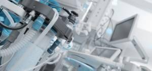 האם מותר לנתק מכונת הנשמה של זקן עבור חולה  צעיר?