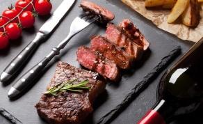 חגיגת בשר במסעדת אנטריקוט.