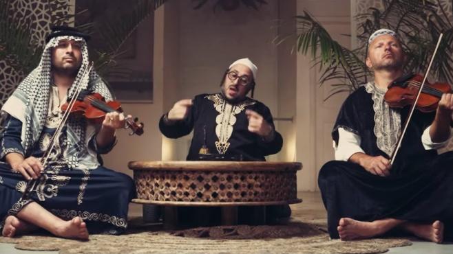 """ליפא שמלצער בסינגל קליפ חדש: """"גמרא במנגינה"""""""