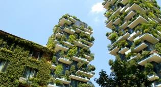 """מגדלי """"היער האנכי"""" המדהימים במילאנו - מגדלי """"היער האנכי"""" המדהימים במילאנו"""