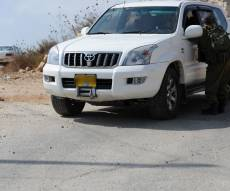 בדהרה לדירת המסתור. רכב חילוץ של יד לאחים ליד מחסום צבאי - לאחר שנים: יצאה מכפר ערבי ושוכנה בדירת מסתור