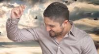 """אריאל קנדאבי בסינגל חדש - """"אל מול אורך"""""""