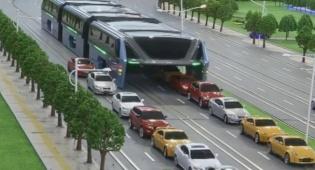 האוטובוס העילי שיסיע 1200 איש נכנס לייצור