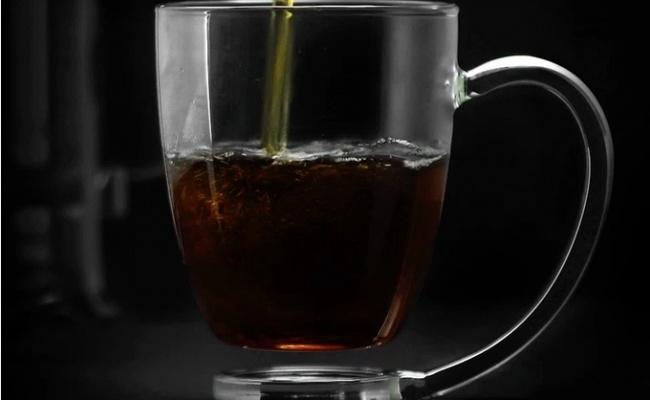 האישה זועמת? הכוס החדשנית לכוס הקפה