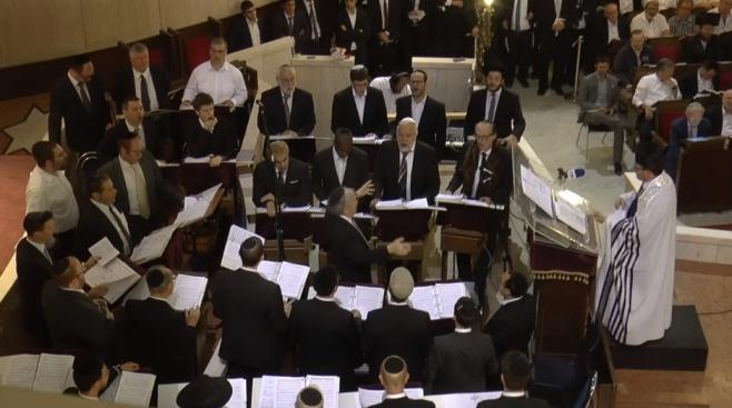הסליחות המלאות: צבי וייס ומקהלת בית הכנסת הגדול • צפו