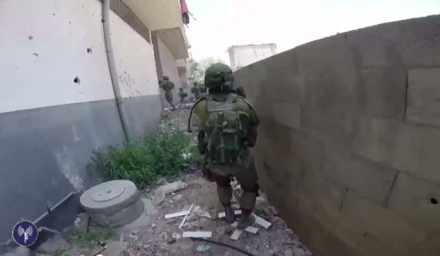 """כוחות צה""""ל פועלים ברצועת עזה ב""""צוק איתן"""""""