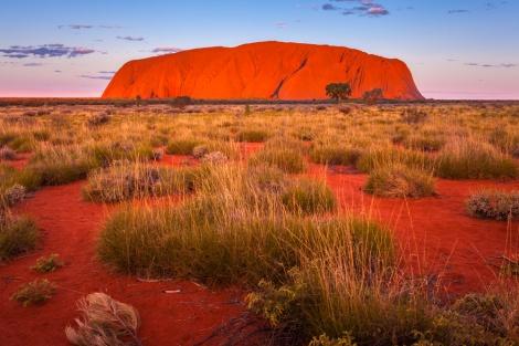 אוסטרליה: הסלע המפורסם ייאסר לטיפוס