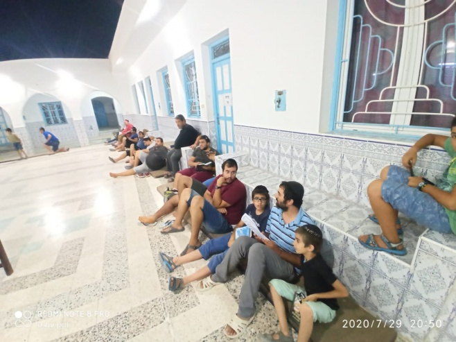 תיעוד בלעדי: אמירת קינות בג'רבה שבתוניס