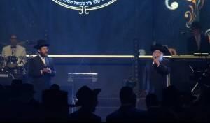 החזן חיים אדלר בדואט עם בנו החזן ישראל