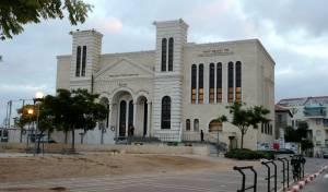 אחרי שנים: בית הכנסת של ויז'ניץ בית שמש