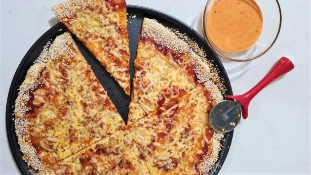 פיצה ללא התפחה ומטבל חלומי
