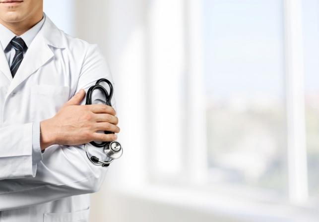 ביום חמישי: רופאי בתי החולים ישבתו