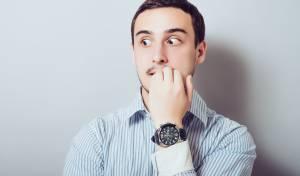 מחקר: למה אתם כוססים ציפורניים