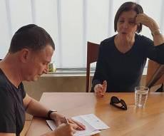 גלאון ואדלשטיין, הבוקר - זהבה גלאון הגישה את התפטרותה מהכנסת