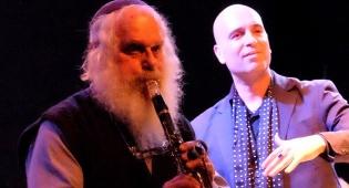 מוסא ברלין בהופעה - האיש שמנגן 56 שנים ברצף בהילולא במירון