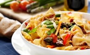 """פסטה """"פרימוורה"""" עם ירקות ושמנת"""