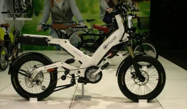 שידל קטינים לגנוב סוללות מאופניים ונעצר