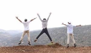 """להקת 'הנחבאים אל הכלים' מארחים את אביאל סולטן וצבי גילה: """"שיר חדש"""""""