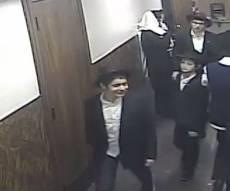 הצעירים במסדרונות 770