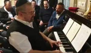 יוסי גרין ריגש את האוהדים הישראלים  • צפו