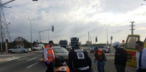 ליד אלעד: רוכב אופנוע חרדי החליק ונפצע