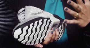 חשיפת הנעל החכמה - זה העתיד: הנעליים שיתאימו את עצמן לרגל