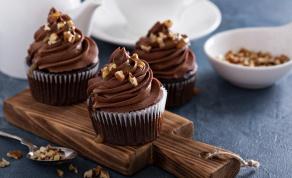 קאפקייקס שוקולד בציפוי שוקולד