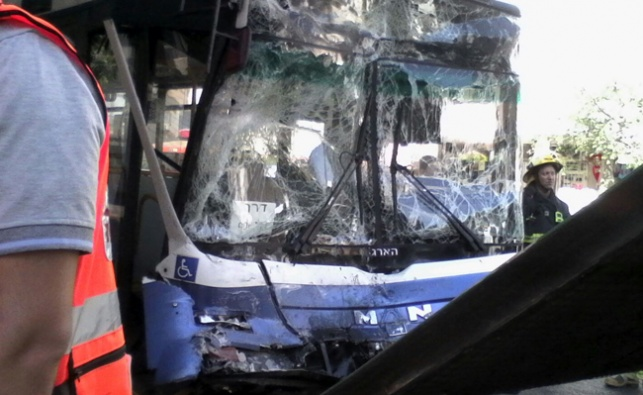 38 נפצעו בתאונת דרכים בין שלושה אוטובוסים