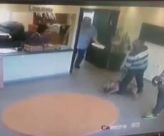 כתב אישום: התעלל ובעט בכלבתו הפצועה