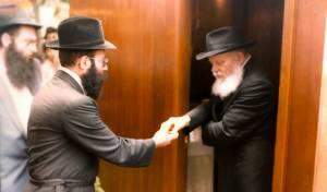הרב יעקב גלויברמן עם הרבי מליובאוויטש