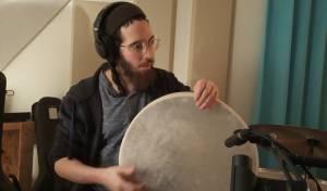 """תור-רפאל פרמינגר בסינגל חדש: """"הללוי-ה"""""""