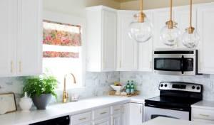 יותר קטן, יותר מואר - 8 דרכים קלות לגרום למטבח קטן להרגיש גדול