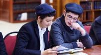 """חדש במוסקבה: """"שעת ישיבה"""" ללימוד משותף של 3 שעות"""