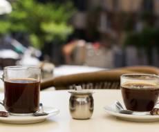 בית קפה בירושלים. אילוסטרציה - הרשימה: אלו העסקים שמחללים שבת בי-ם