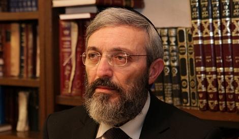 """עו""""ד דב הלברטל - הלברטל הושעה מ'גלי ישראל'"""